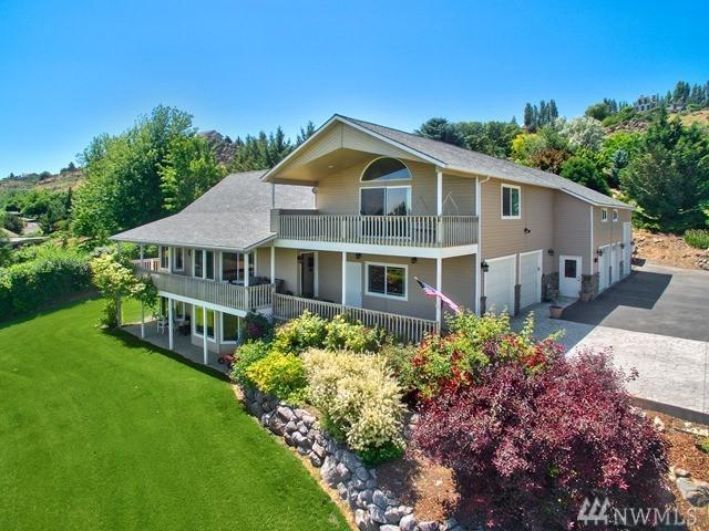 51 Basalt Springs Wy, Naches, WA 98937 (#1136449) :: Ben Kinney Real Estate Team