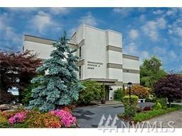 6333 Lake Washington Blvd NE #306, Kirkland, WA 98033 (#1144894) :: Ben Kinney Real Estate Team