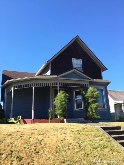 3008 S 12th St, Tacoma, WA 98405 (#1150577) :: Ben Kinney Real Estate Team