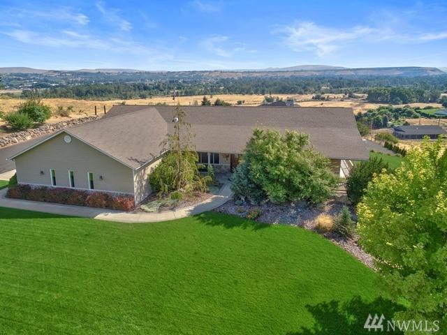 281 Basalt Springs Wy, Naches, WA 98937 (#1182804) :: Ben Kinney Real Estate Team