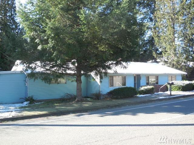 925 SW 356th St, Federal Way, WA 98023 (#1241429) :: Homes on the Sound