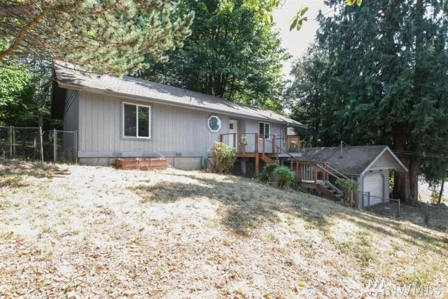 22060 Sea Vista NE, Poulsbo, WA 98370 (#1245524) :: Better Homes and Gardens Real Estate McKenzie Group