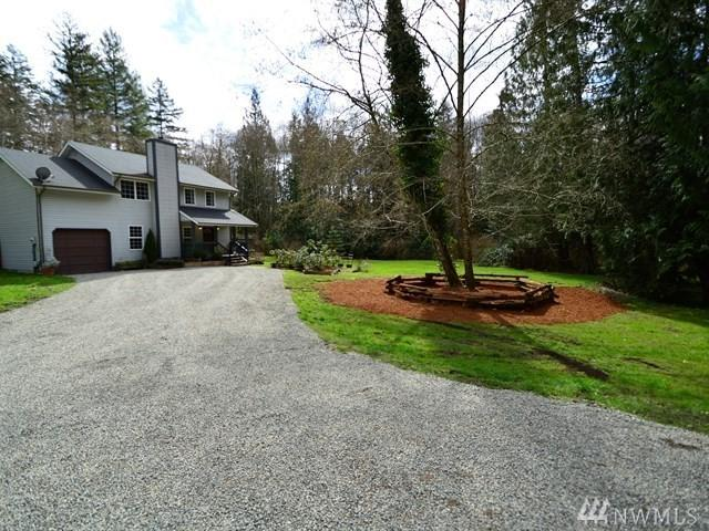 11315 Crescent Valley Dr NW, Gig Harbor, WA 98332 (#1262977) :: Morris Real Estate Group
