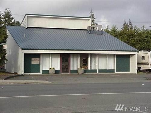 1606 Simpson Ave - Photo 1