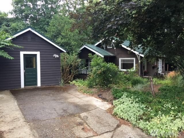 2715 Capitol Wy S, Olympia, WA 98501 (#1321898) :: Homes on the Sound