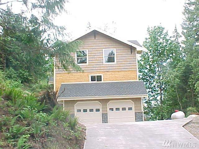 17914 64th Dr NW, Stanwood, WA 98292 (#1343536) :: Keller Williams - Shook Home Group