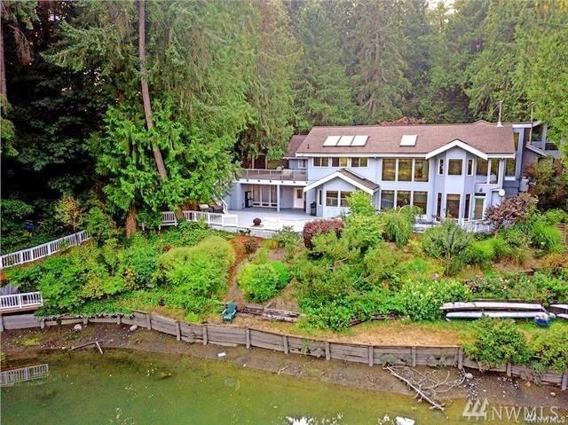 8765 Battle Point Dr NE, Bainbridge Island, WA 98110 (#1347271) :: Homes on the Sound