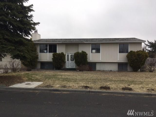 328 SE 3rd Ave, Ephrata, WA 98823 (#1349607) :: Kimberly Gartland Group