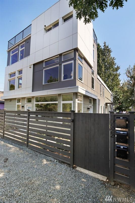 10522 Whitman Ave N A, Seattle, WA 98133 (#1356609) :: Keller Williams - Shook Home Group