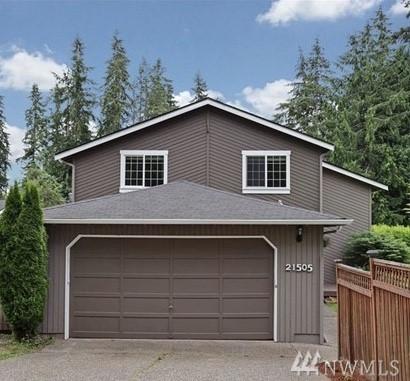 21505 SE 24th St, Sammamish, WA 98075 (#1359118) :: Beach & Blvd Real Estate Group