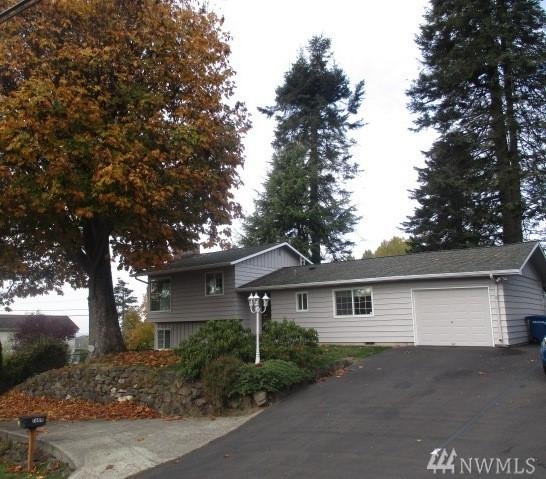 1604 S 262nd Place, Des Moines, WA 98198 (#1377095) :: Ben Kinney Real Estate Team