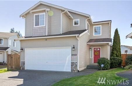 10923 185th Ave E, Bonney Lake, WA 98391 (#1380324) :: Real Estate Solutions Group