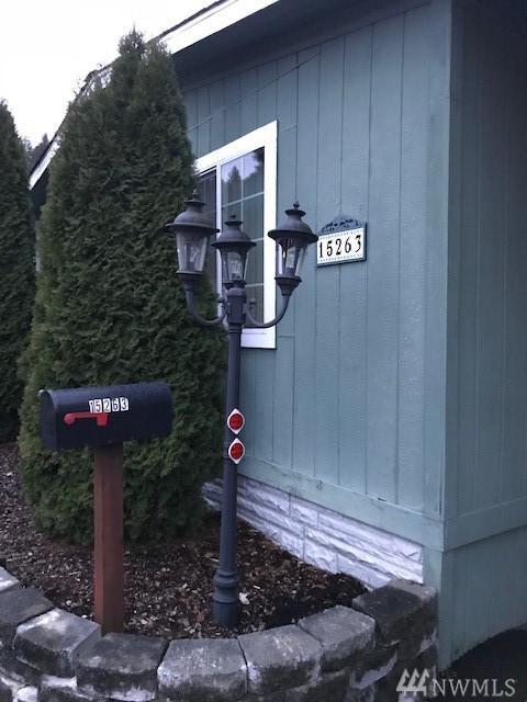 15263 Oak Drive, Renton, WA 98058 (#1394523) :: The Craig McKenzie Team