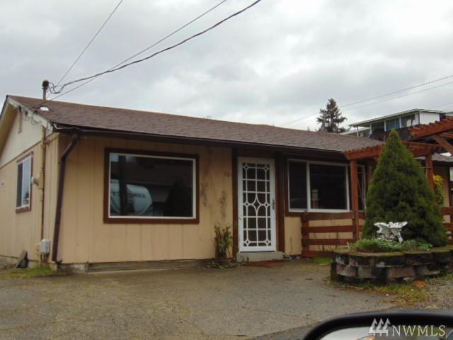 761 S 92nd, Tacoma, WA 98444 (#1395260) :: Homes on the Sound
