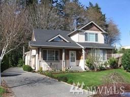2238 NE Thistle Ct, Poulsbo, WA 98370 (#1402595) :: Mike & Sandi Nelson Real Estate
