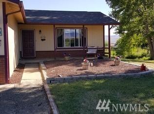 404 W Ridgeview Lane, Ellensburg, WA 98926 (#1430479) :: Northern Key Team