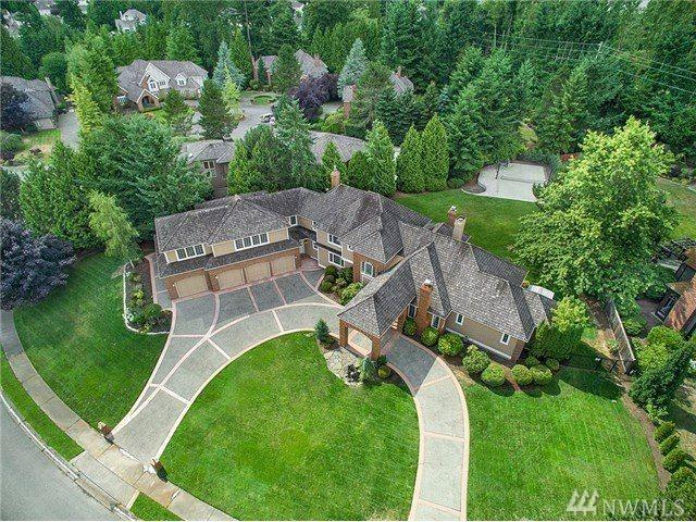 6151 160th Ave SE, Bellevue, WA 98006 (#1436767) :: Chris Cross Real Estate Group