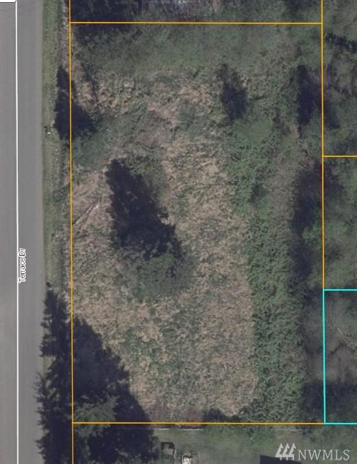 0 Lot 10, 11, 12 Terrace Dr, Oak Harbor, WA 98277 (#1446360) :: Kimberly Gartland Group