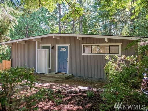 6114 34th St NW, Gig Harbor, WA 98335 (#1498596) :: Crutcher Dennis - My Puget Sound Homes
