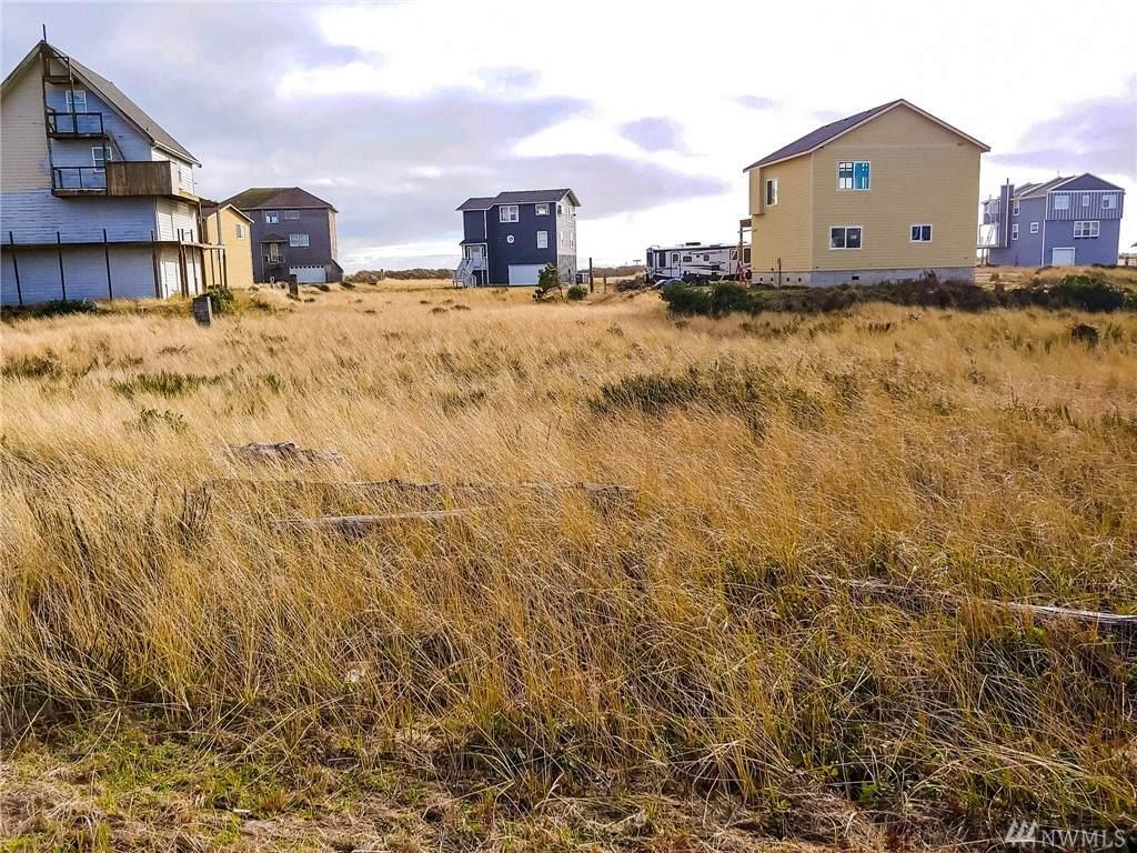 467 Sea View St - Photo 1