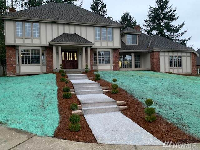 33110 3rd Ct SW, Federal Way, WA 98023 (#1560059) :: Record Real Estate