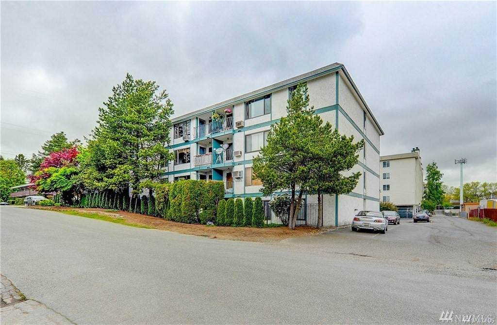 12300 28th Ave - Photo 1