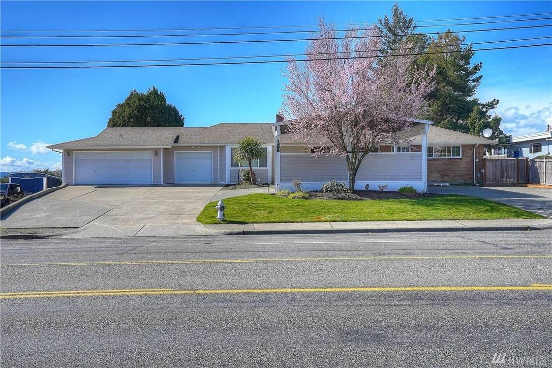 1268 Jackson Ave - Photo 1