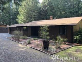 19522 Marine Dr, Stanwood, WA 98292 (#1584735) :: The Kendra Todd Group at Keller Williams