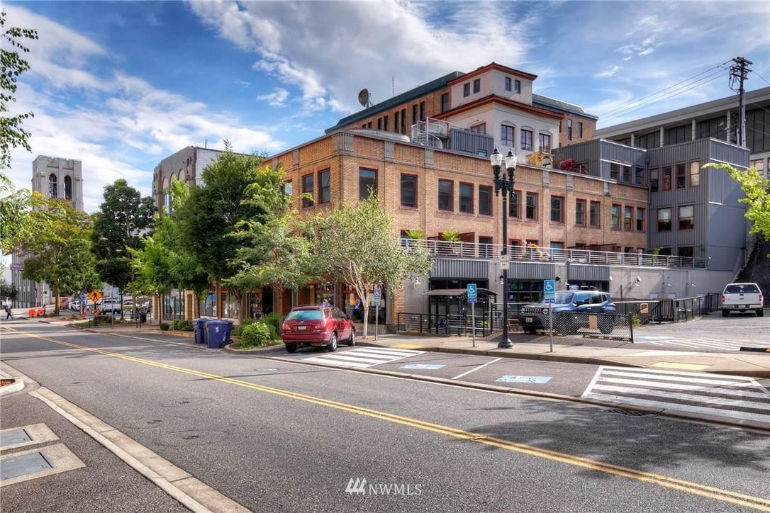 744 Market Street - Photo 1
