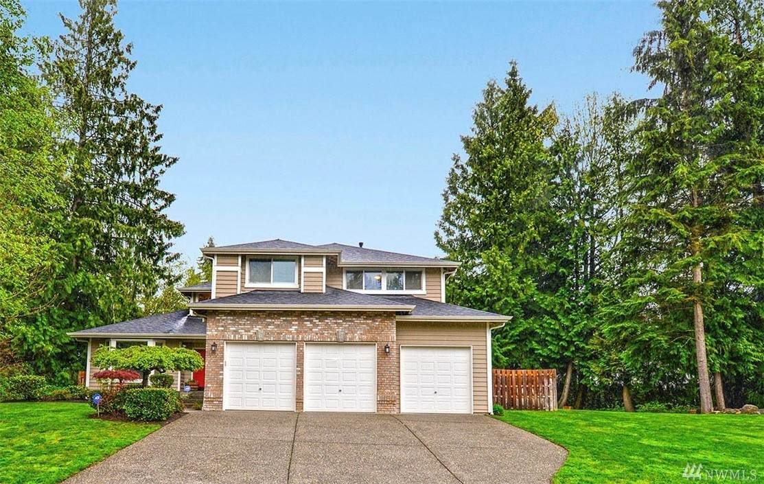 3303 114TH Ave - Photo 1