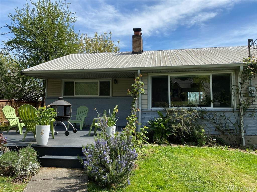5034 32nd Ave - Photo 1