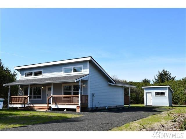 1418 Storm King Ave SW, Ocean Shores, WA 98569 (#1627638) :: Real Estate Solutions Group