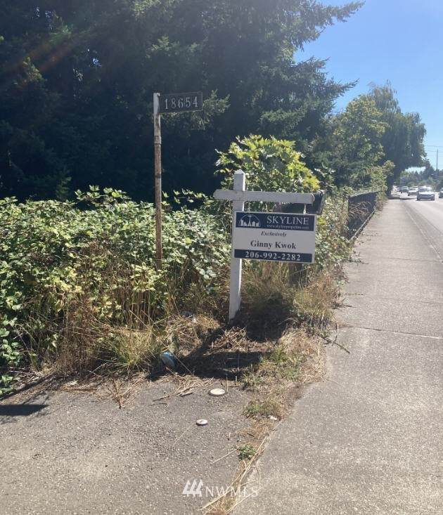 18654 108th Avenue SE, Renton, WA 98055 (#1656442) :: Better Homes and Gardens Real Estate McKenzie Group