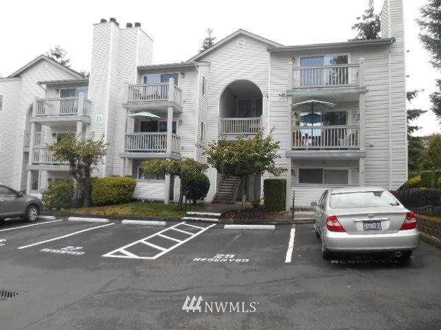 11325 19th Avenue SE D313, Everett, WA 98208 (#1665773) :: Northern Key Team