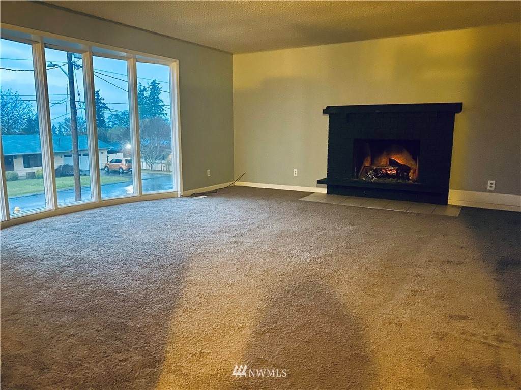 524 20TH Avenue - Photo 1