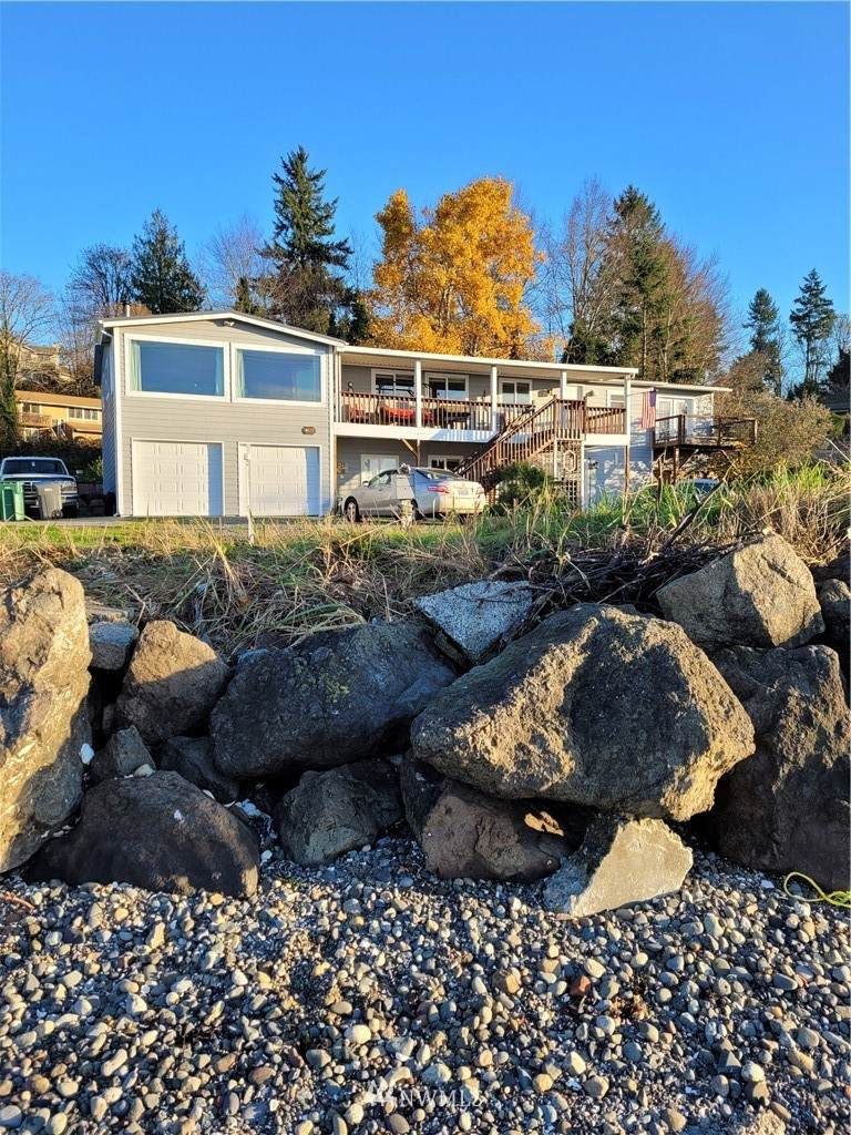 4675 Beach Drive - Photo 1