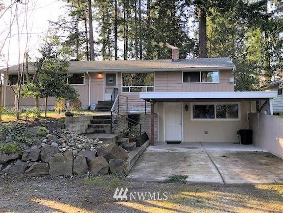 19515 2nd Avenue NW, Shoreline, WA 98177 (#1711664) :: Mike & Sandi Nelson Real Estate