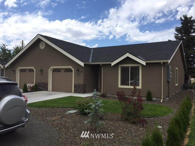 41 NW Evans Street, College Place, WA 99324 (#1730435) :: Shook Home Group