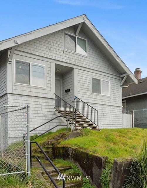 4746 7th Avenue NE, Seattle, WA 98105 (#1736395) :: Costello Team
