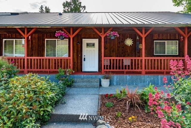 4113 Jones Road, Oak Harbor, WA 98277 (#1754415) :: Becky Barrick & Associates, Keller Williams Realty
