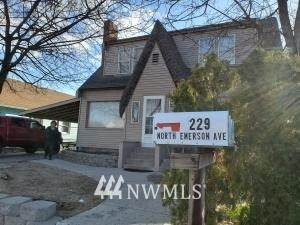 229 N Emerson Avenue, Wenatchee, WA 98801 (#1758463) :: Costello Team
