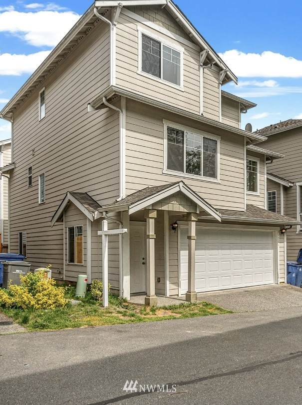 11721 W 14TH Avenue W, Everett, WA 98204 (#1760632) :: Icon Real Estate Group