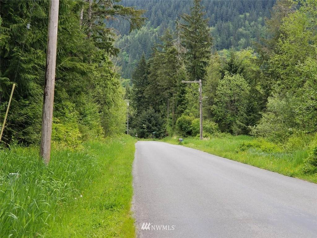 21 xxx Lake Riley Road - Photo 1