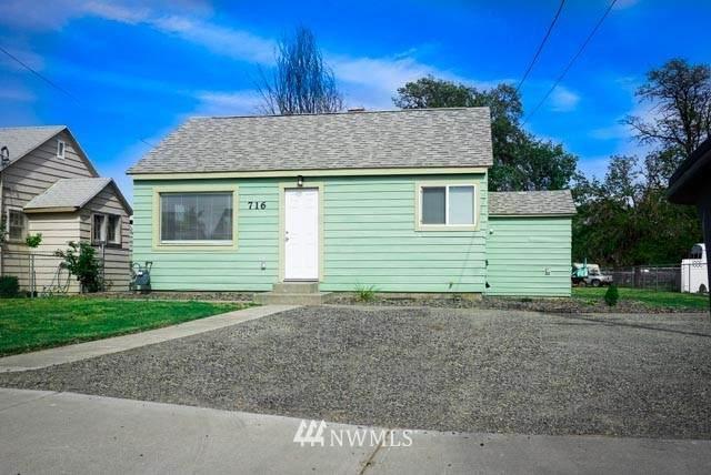 716 S 13th Street, Sunnyside, WA 98944 (#1772674) :: The Kendra Todd Group at Keller Williams