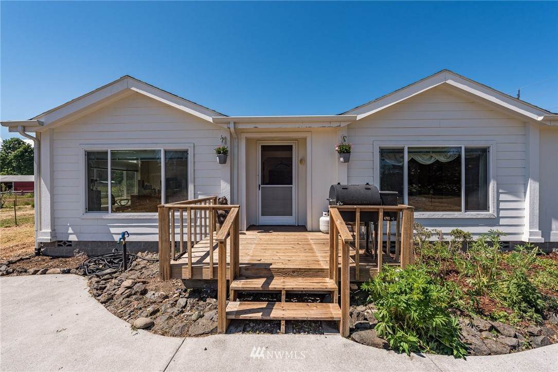 7842 Old Olympic Highway - Photo 1