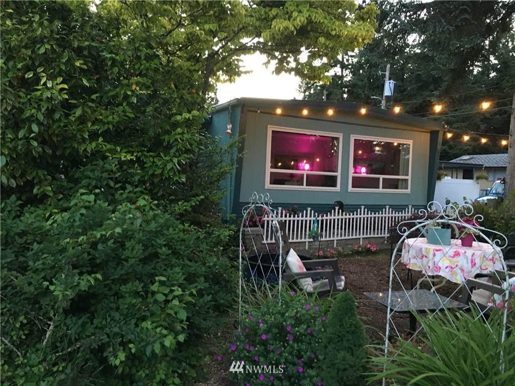 2419 Jahn Avenue - Photo 1