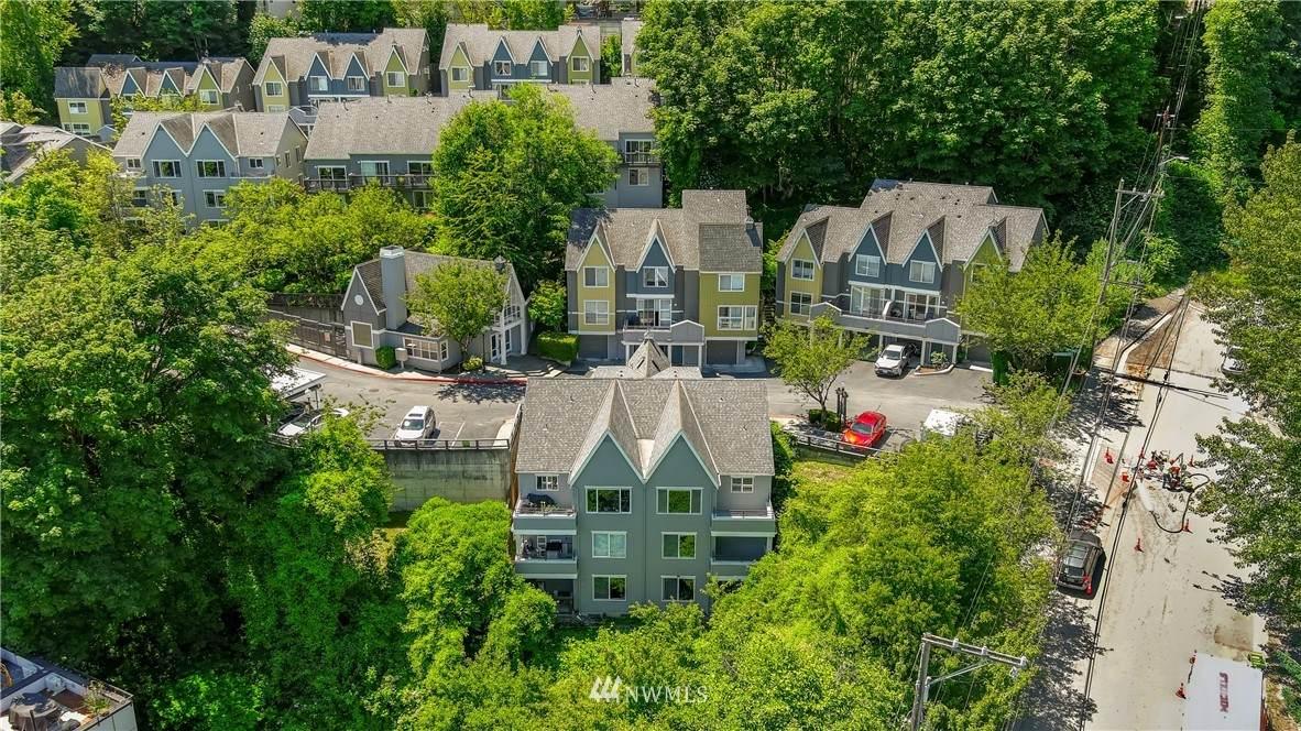 1510 Cherrylane Avenue - Photo 1