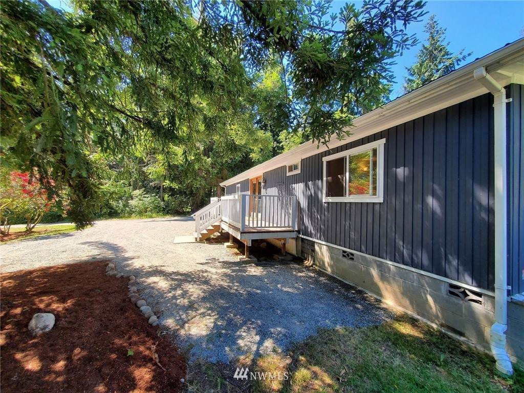 21505 President Point Road - Photo 1