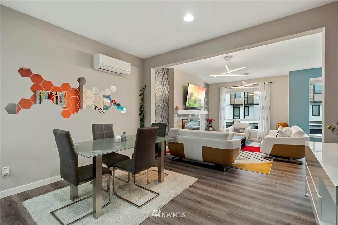 12718 35th Avenue - Photo 1