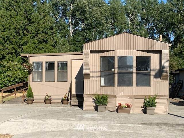 7438 Sunset Drive, Birch Bay, WA 98230 (#1802529) :: Shook Home Group